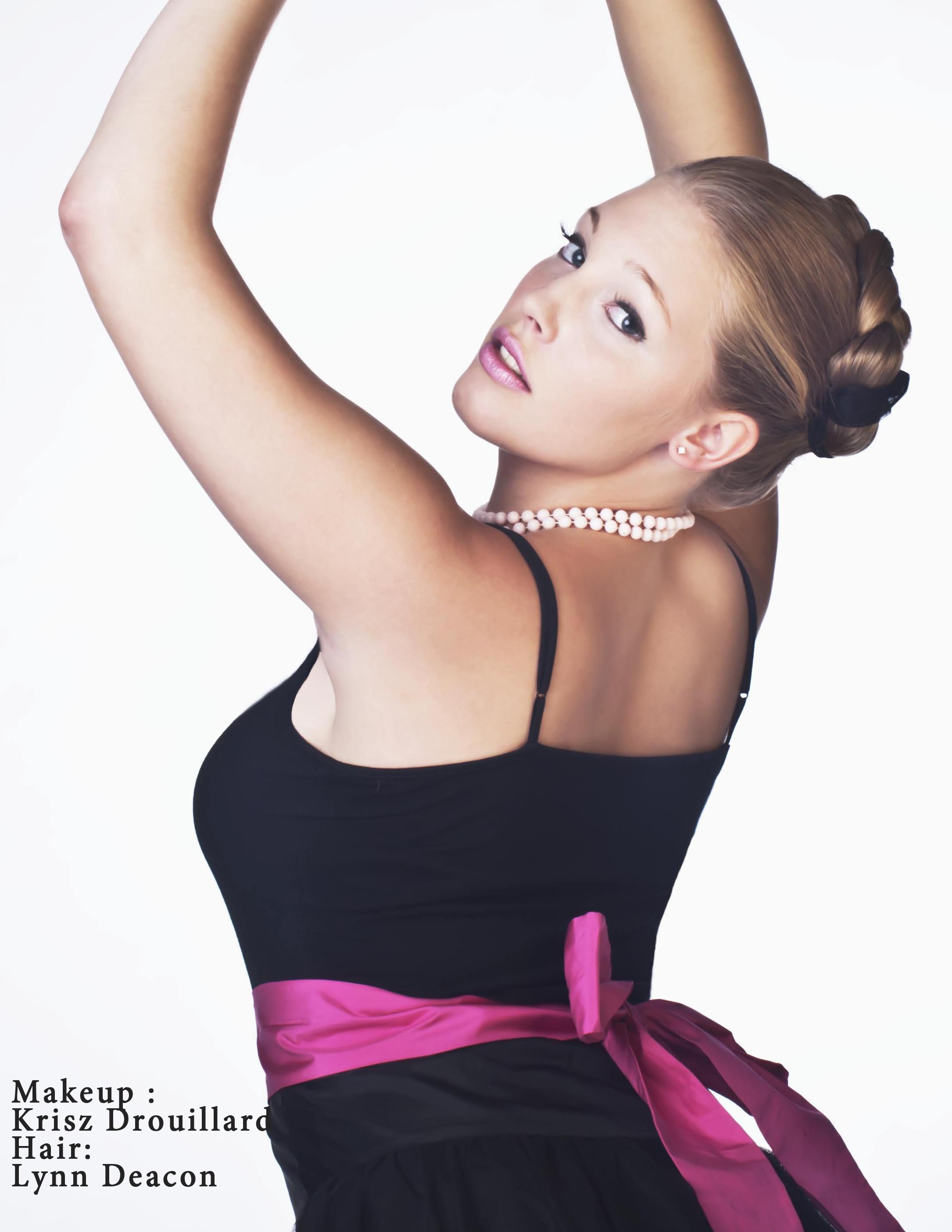 Makeup : Krisz Drouillard  Hair : Lynn Deacon